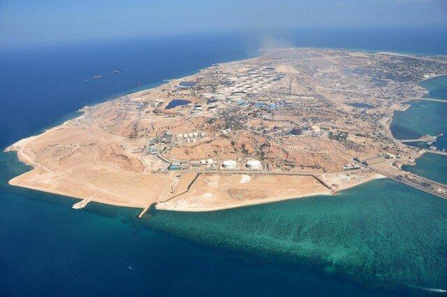 سفر برادر امیر قطر به جزیره ابوموسی ، انتشار تصویر جزیره ابوموسی با پرچم ایران